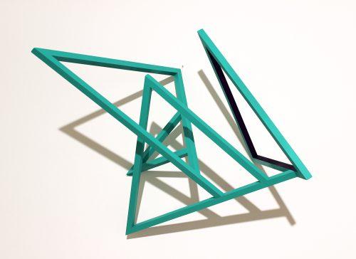 Structure 1 - 2015, bois et acrylique, 55 x 60 x 36 cm